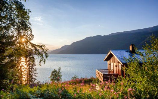 lake homes for sale